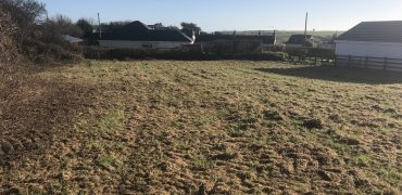0.79 ACRES PADDOCK AT MAIDENWELLS
